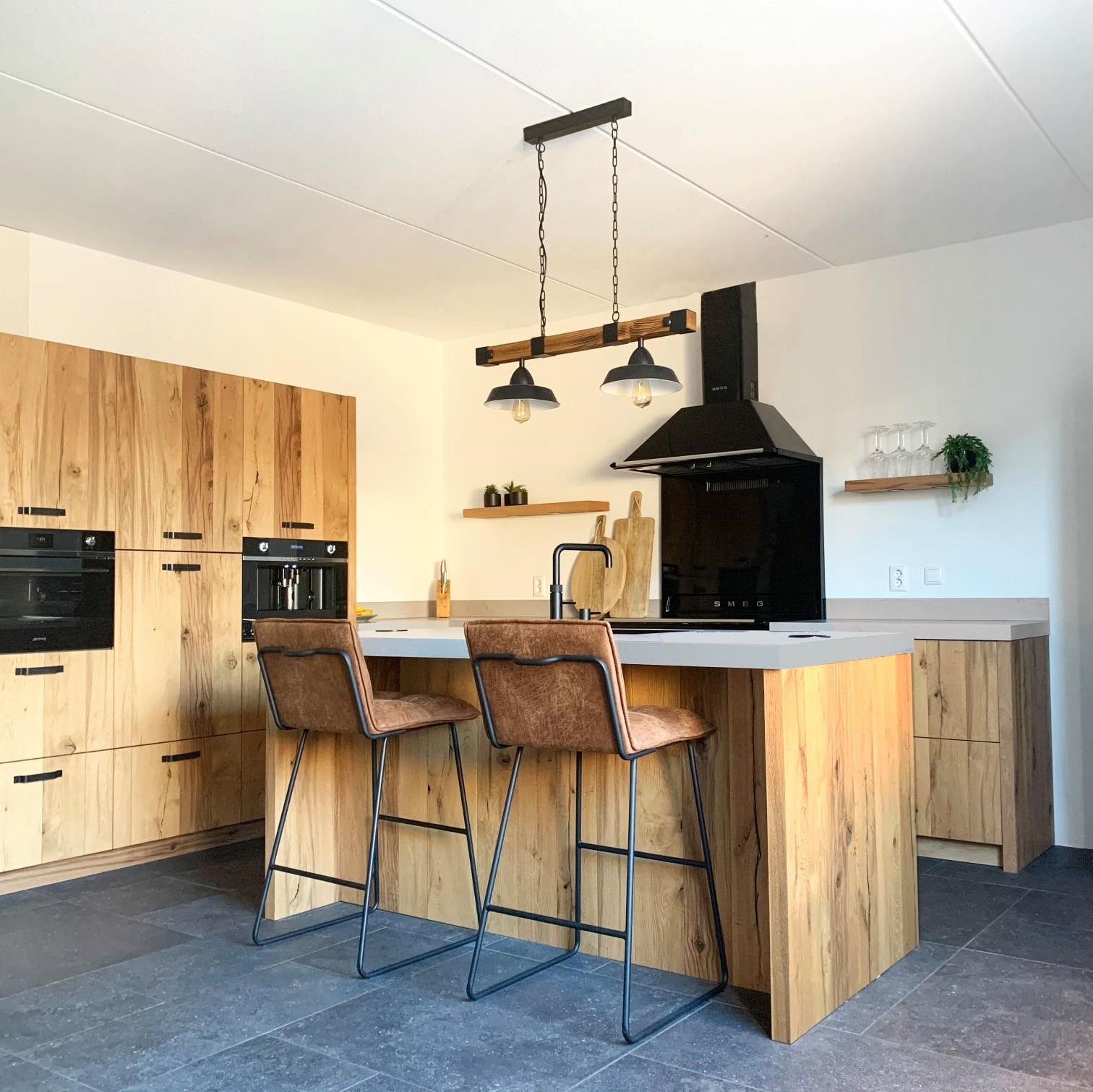 stoere-houten-keuken-keukens